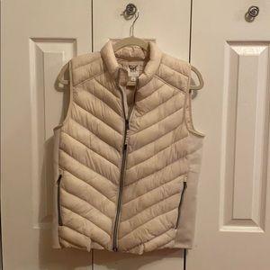 Gap L cream vest